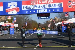 James Ngandu KENYA wins half marathon-4526