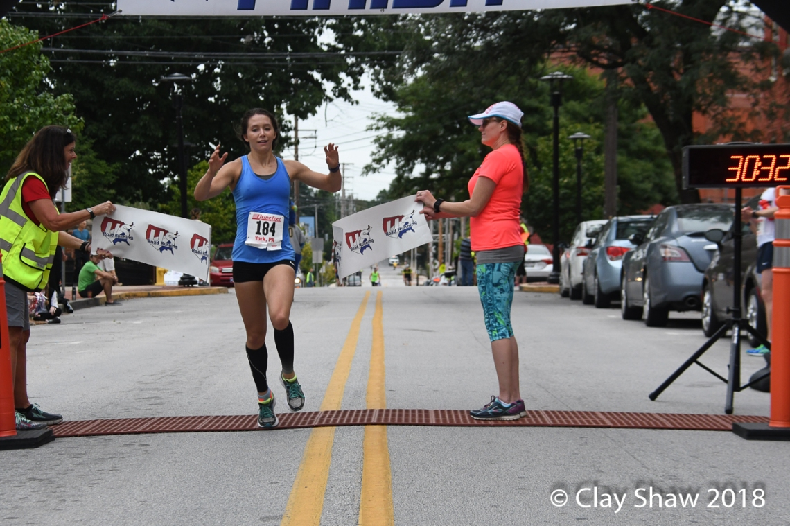 zoe matherne wins 2018 white rose run-4129