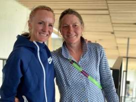 Shalane Flanagan and Lynn Jennings. (Photo by Karen Mitchell).