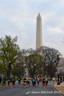 Lead men and the Washington Monument.